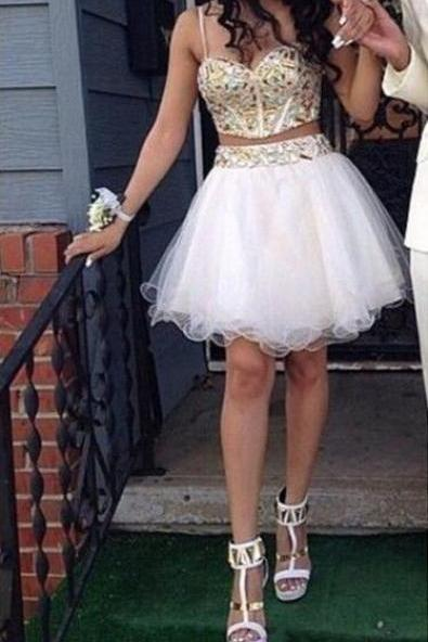 Gold Beads Prom Dress, Tulle Prom Dress, White Homecoming Dresses ,2 Pieces Homecoming Dresses,Short Homecoming Dresses Party Gown,Spaghetti Straps Two Pieces Homecoming Gowns,Sweet 16 Dress,Short Prom Dresses