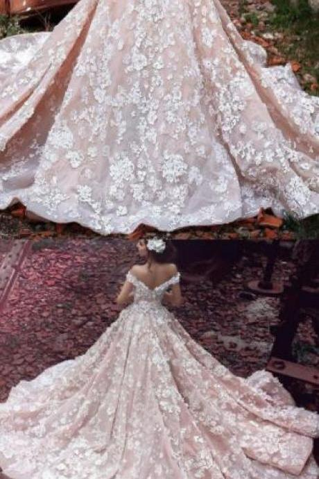 Off Shoulder Wedding Dress,Luxurious Lace wedding Dress,Cheap Wedding Dress,Watteau Train Short Sleeves Organza Wedding Dress with Lace